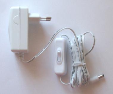 Steckernetzteil mit Schalter 12V, weiß